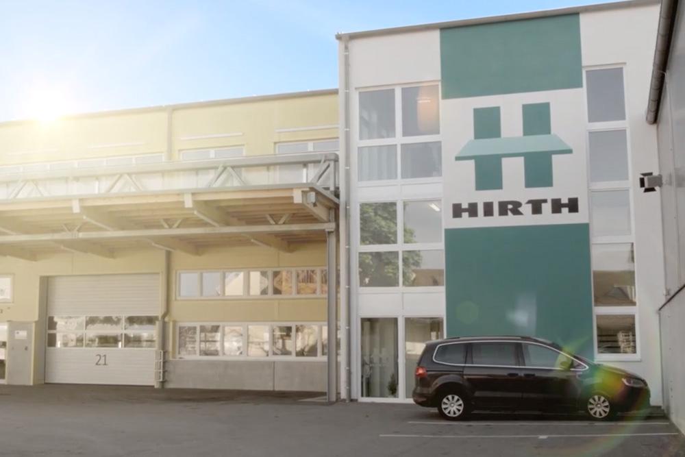 Mit moderner Technik und hochmotivierten Mitarbeitern setzt das Traditionsunternehmen Hirth Komplettlösungen für Kunden um.